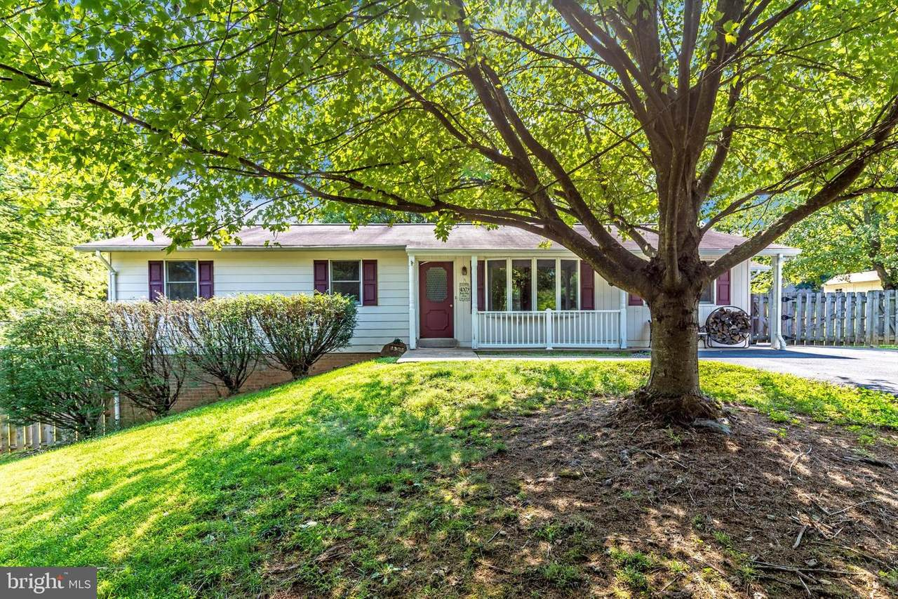4303 Moxley Valley Drive - Photo 1