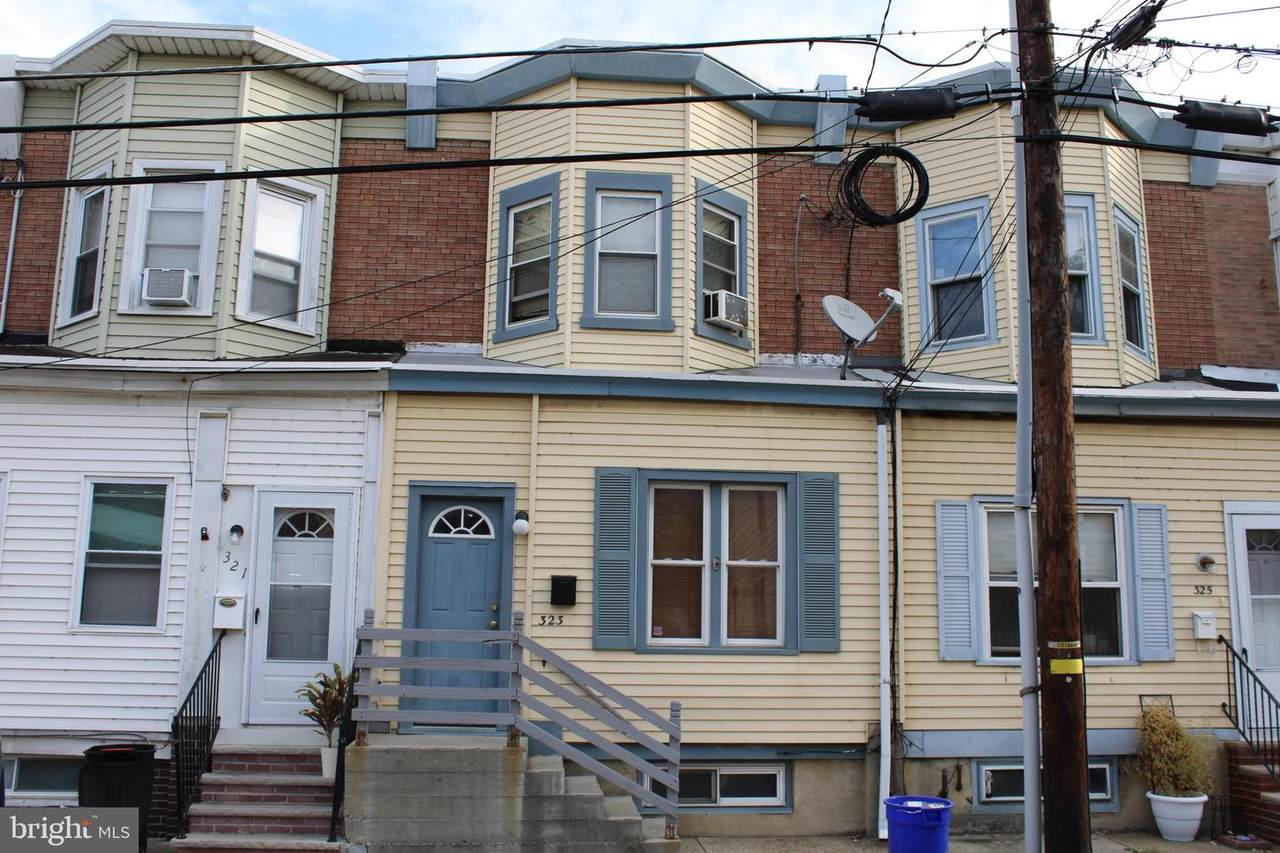 323 Bergen Street - Photo 1