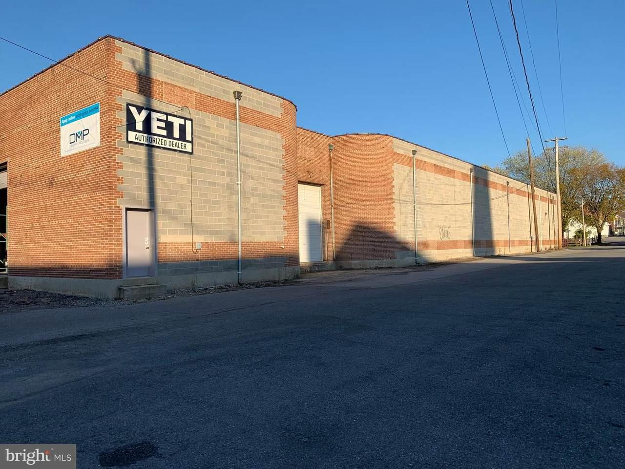 151 N Washington St Unit 2 - Photo 1