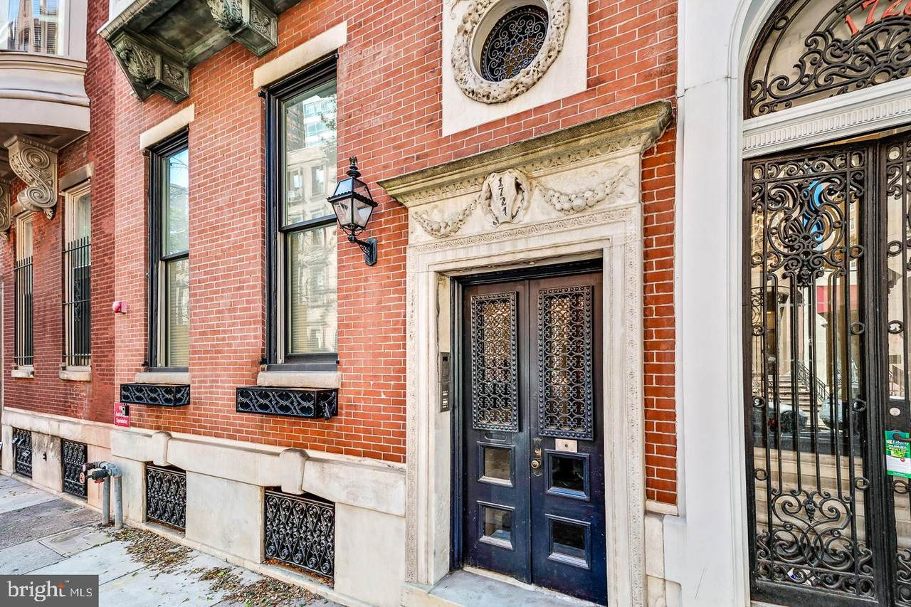 1724 Spruce Street - Photo 1