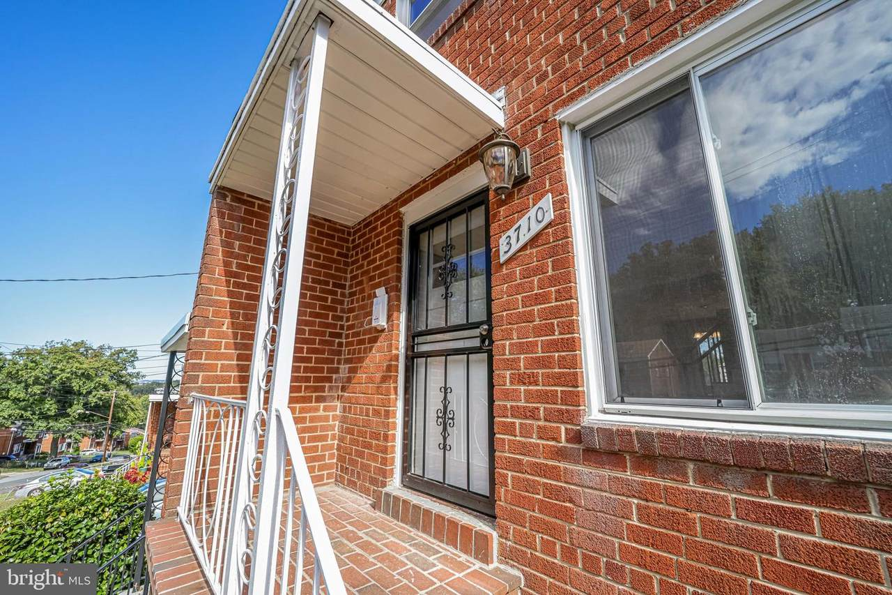 3710 Dunlap Street - Photo 1