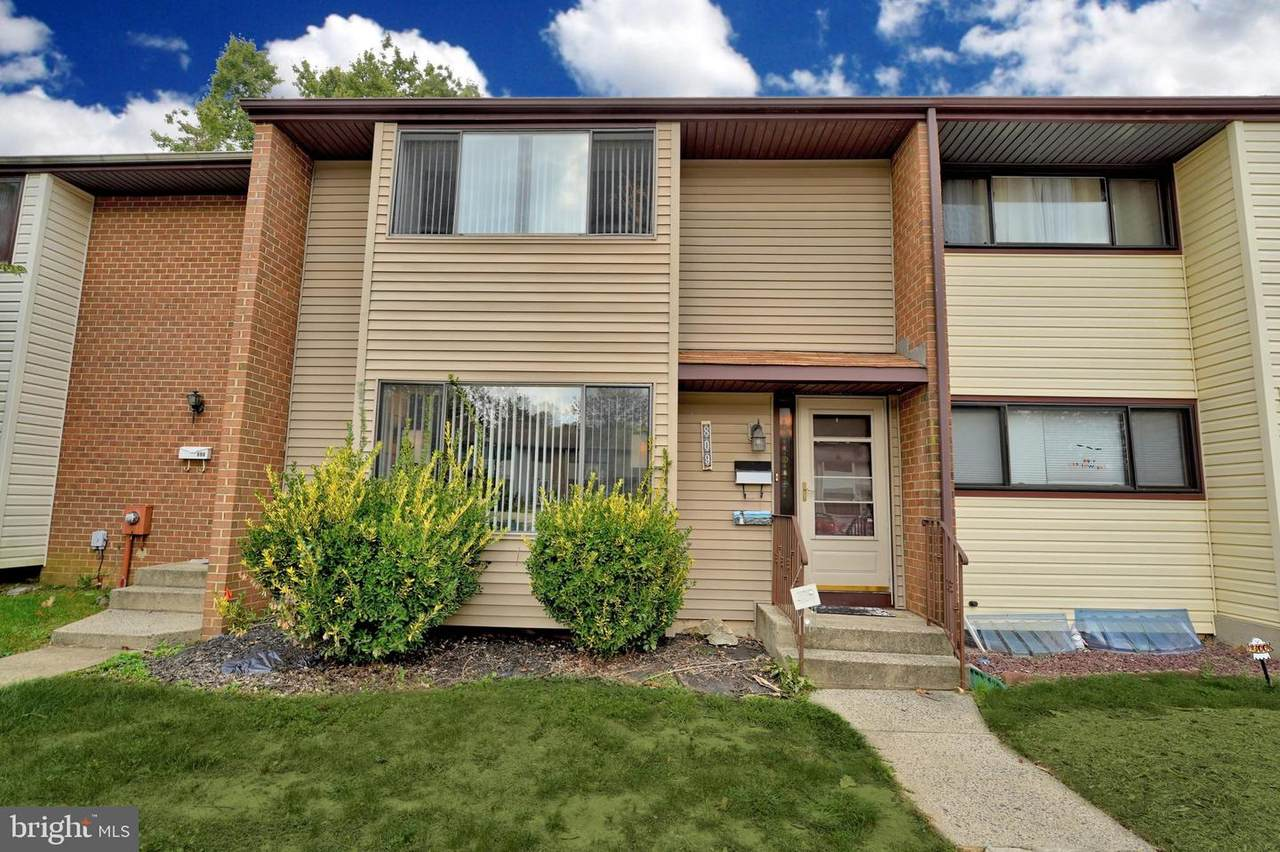 809 Twin Rivers Dr N - Photo 1