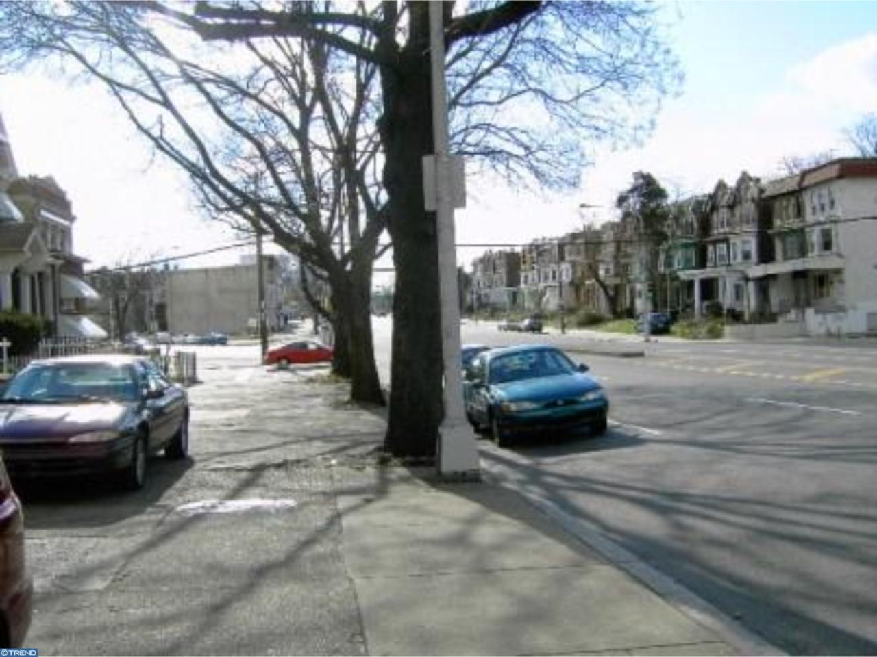 4611 Broad Street - Photo 1