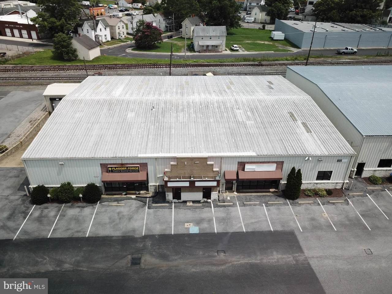 805 Salisbury Boulevard - Photo 1