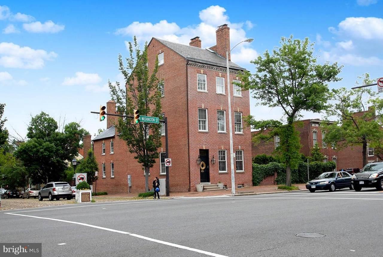 329 Washington Street - Photo 1