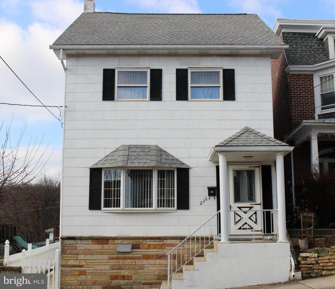 236 Lehigh Street - Photo 1