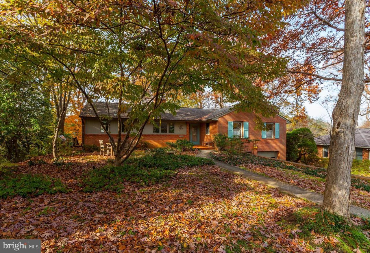 3309 Brooklawn Terrace - Photo 1