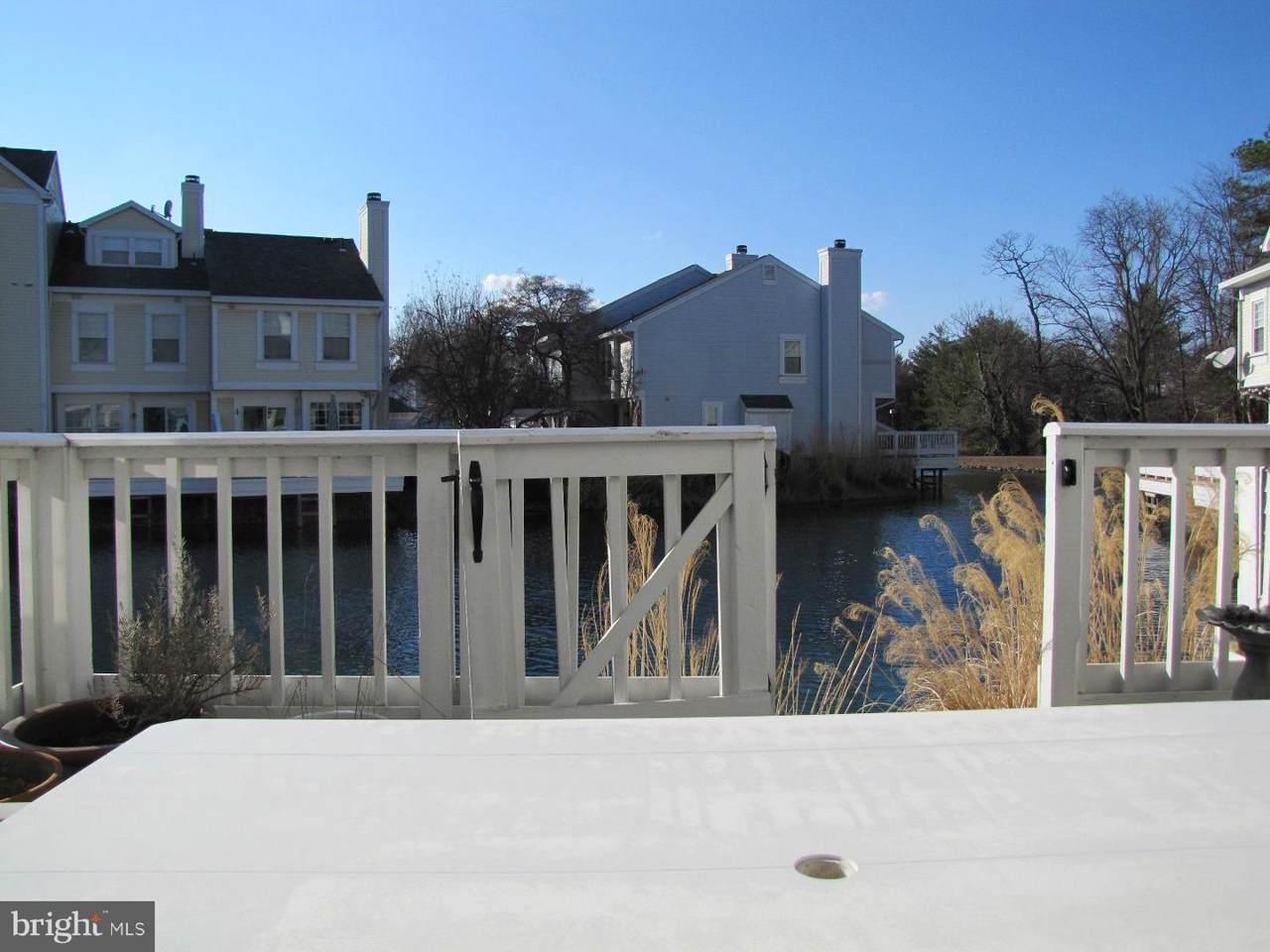 3361 Lakeside View Drive - Photo 1