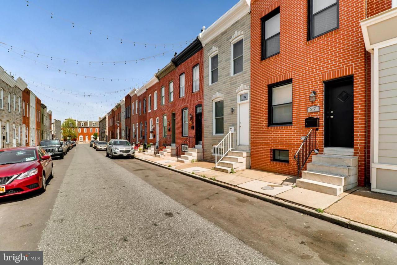 27 Robinson Street - Photo 1