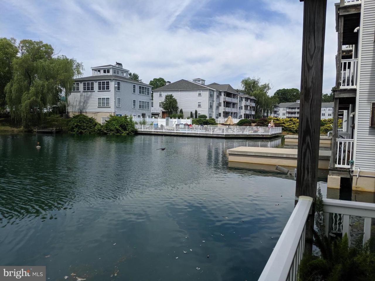 401 Waters Edge Drive - Photo 1