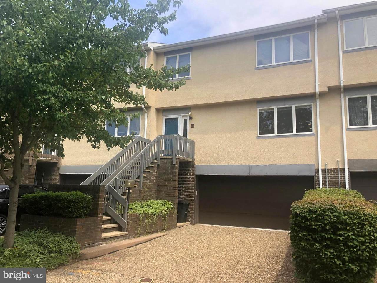 26 Exeter Court - Photo 1