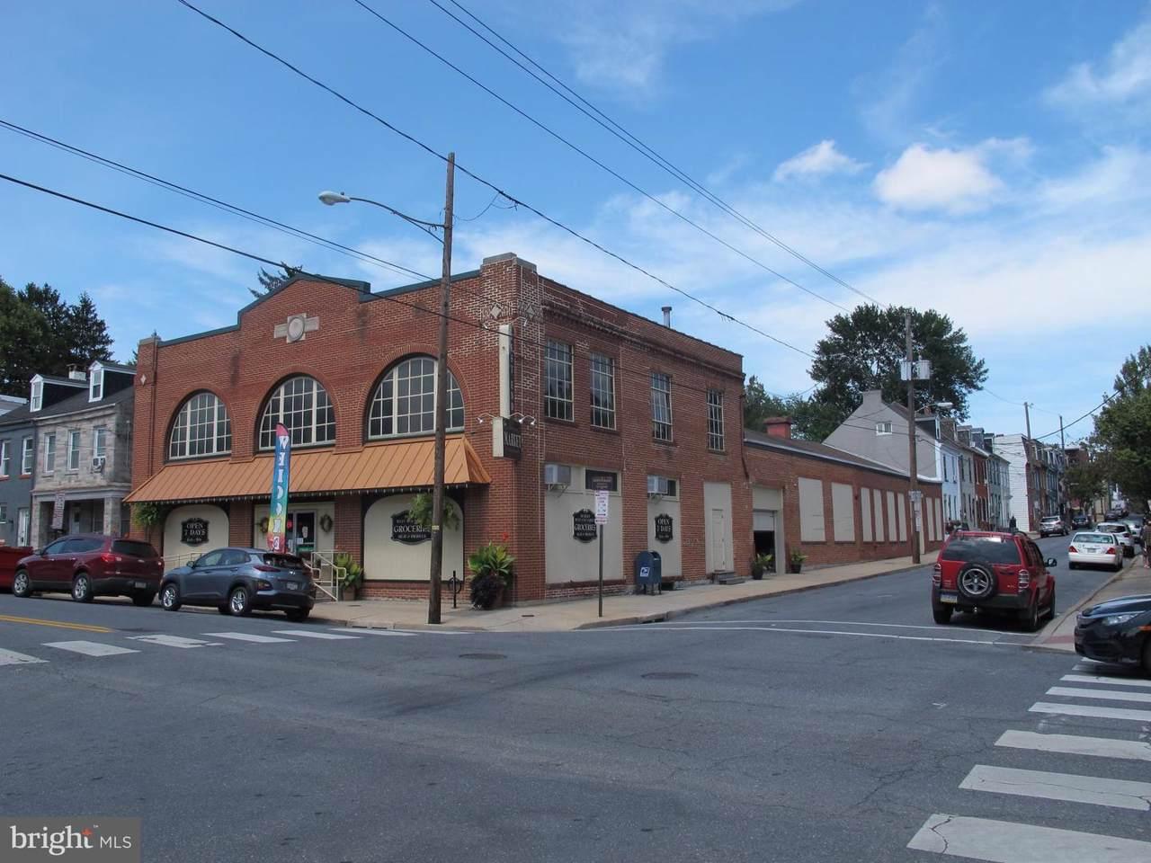 501-505 Lemon Street - Photo 1