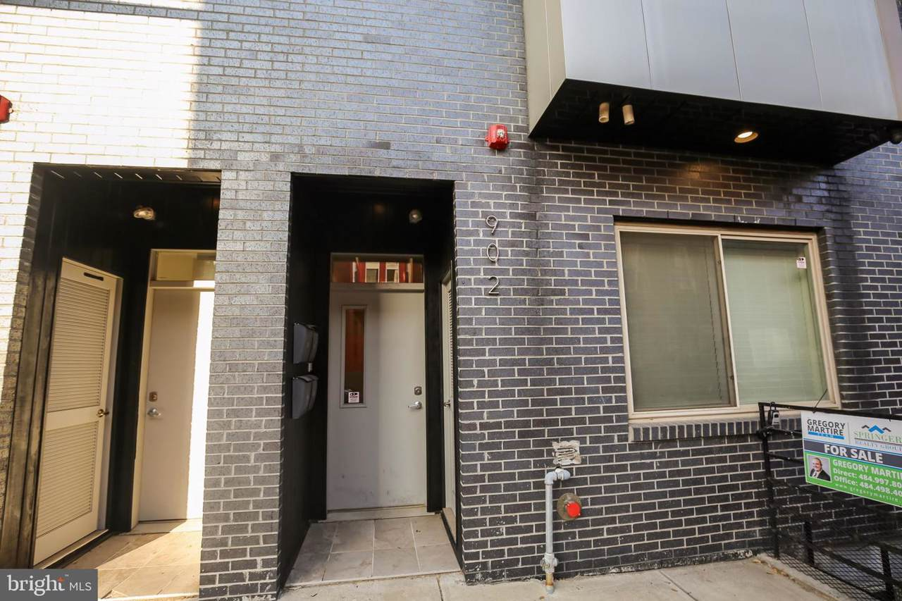 902 16TH Street - Photo 1