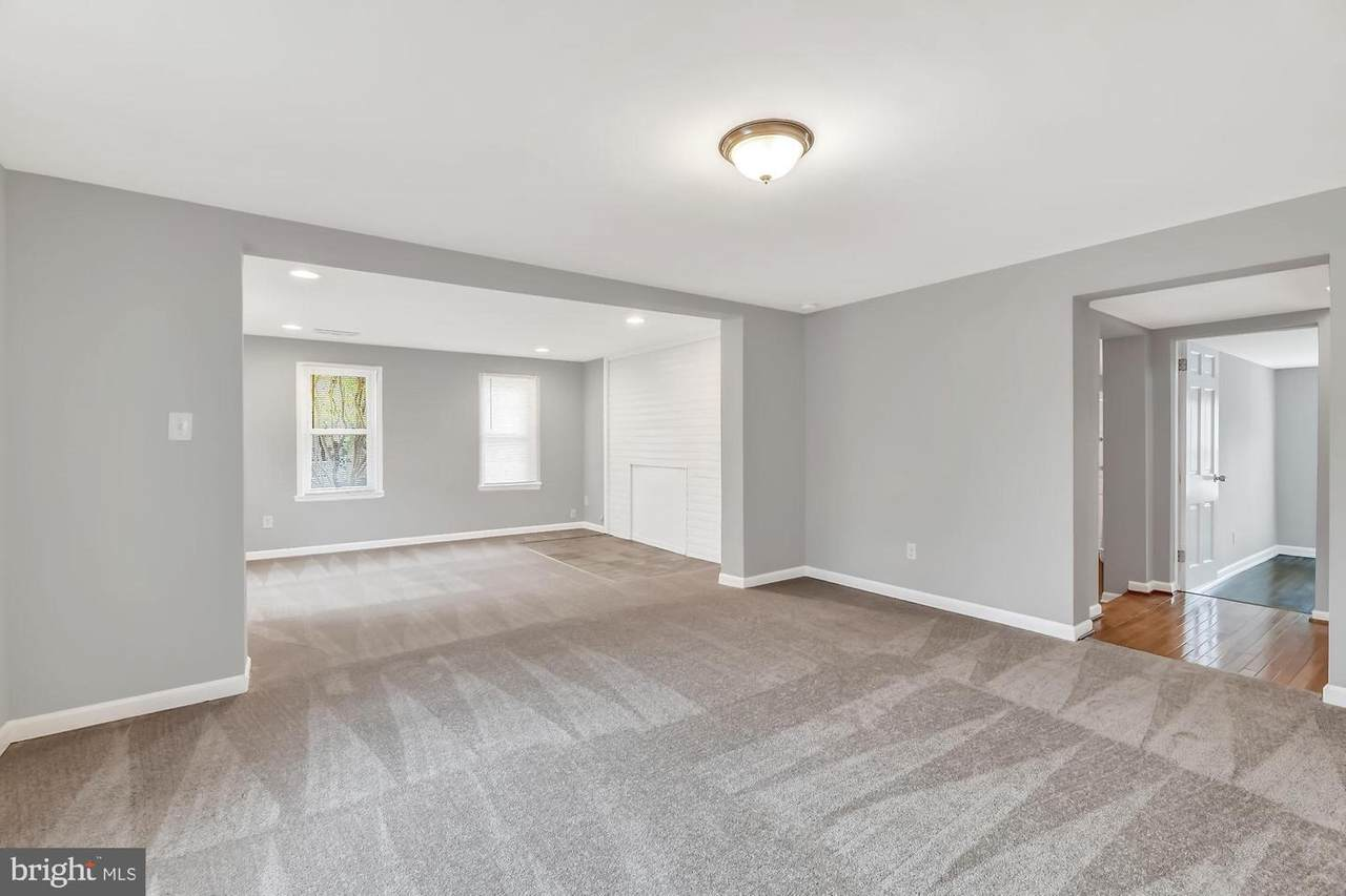 https://bt-photos.global.ssl.fastly.net/brightmls/1280_boomver_2_302133569189-2.jpg