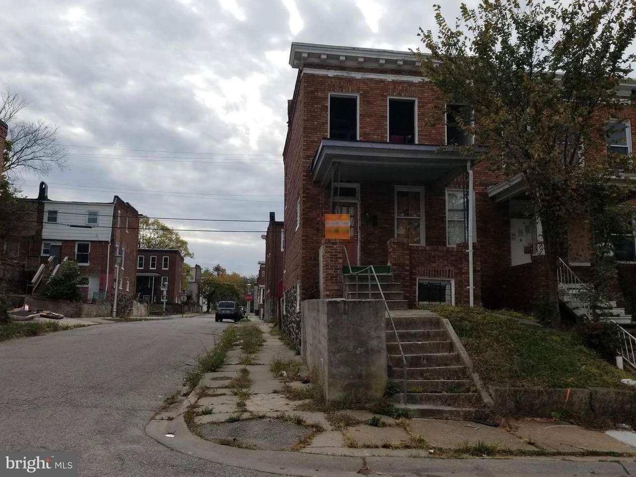 3165 Lyndale Avenue - Photo 1