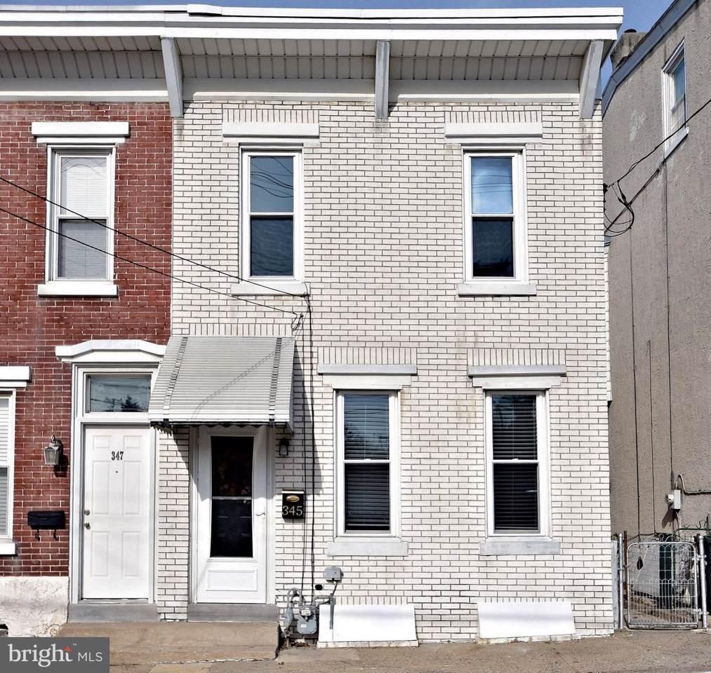 345 Hall Street - Photo 1