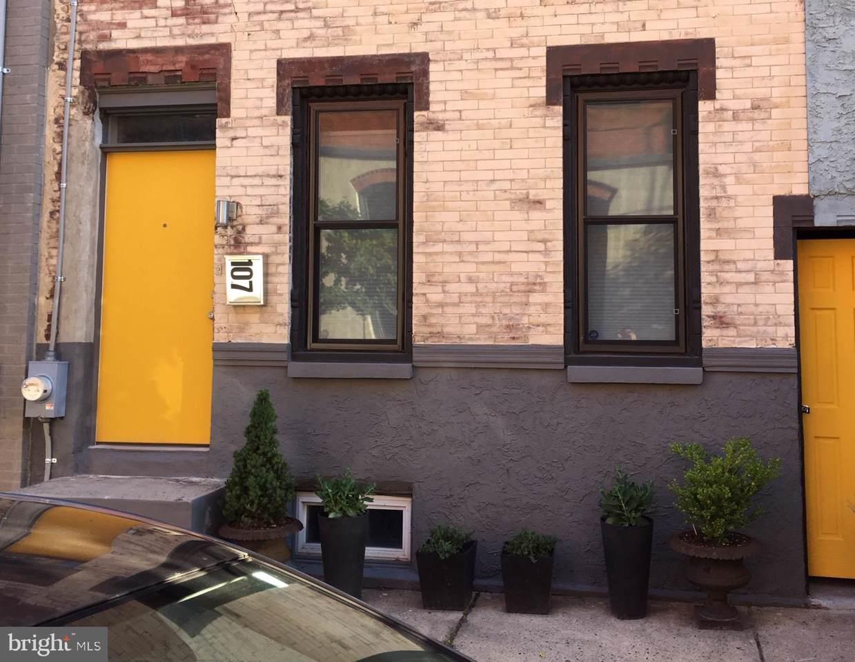 107 Oxford Street - Photo 1