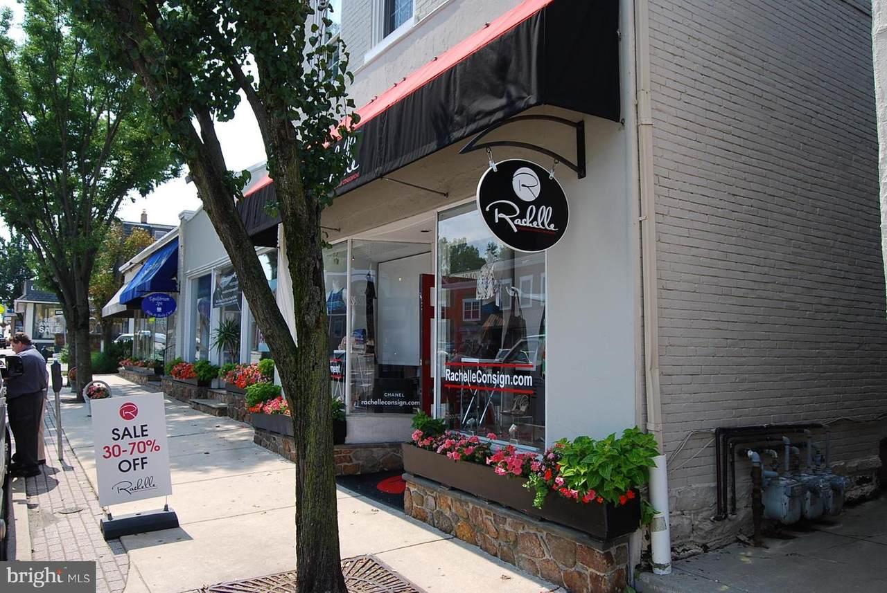 1040 Lancaster Avenue - Photo 1