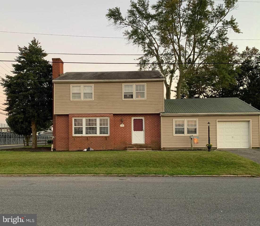 419 Dover Street - Photo 1