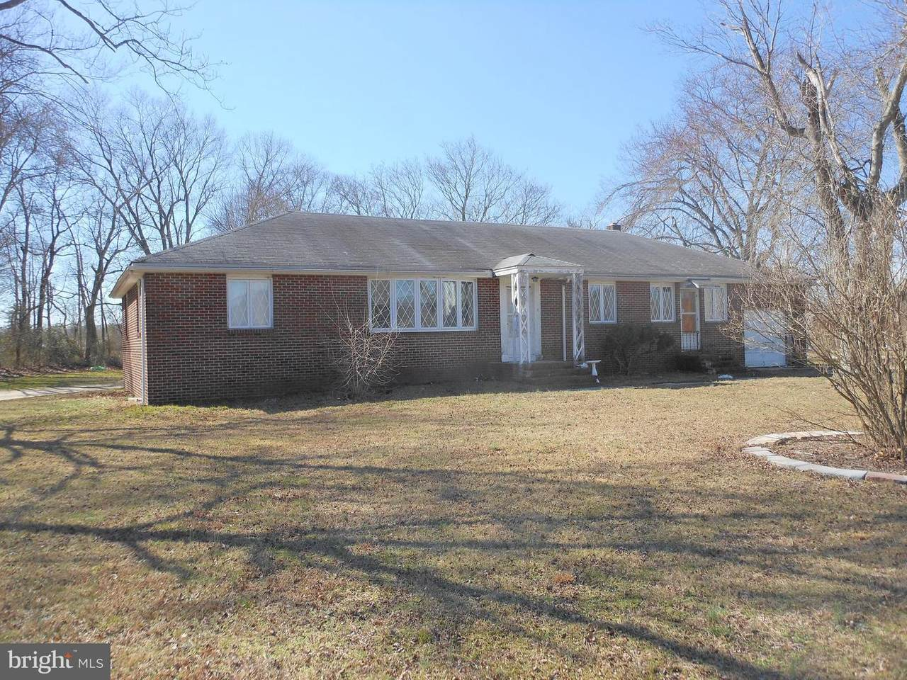 220 Tuckahoe Road - Photo 1
