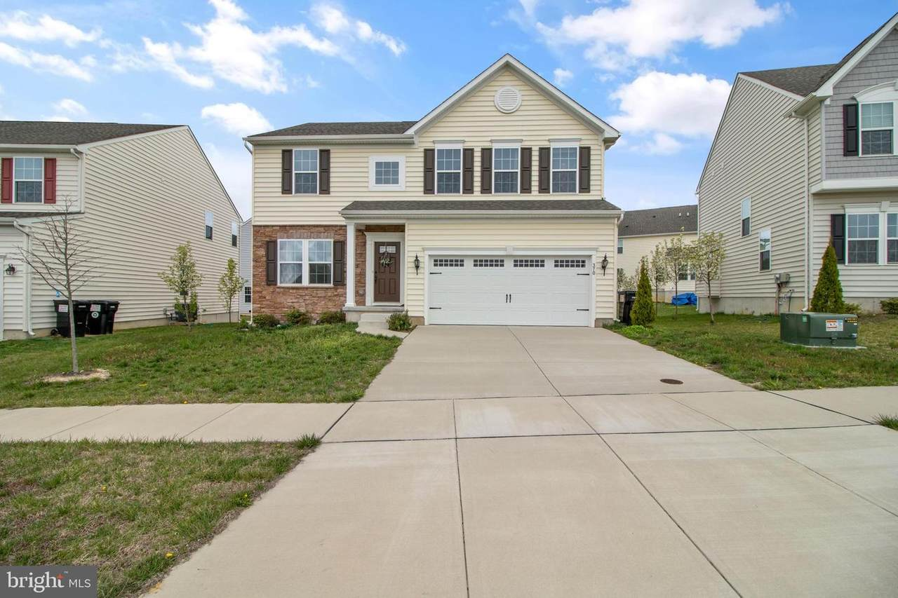 370 Tiger Lily Drive - Photo 1