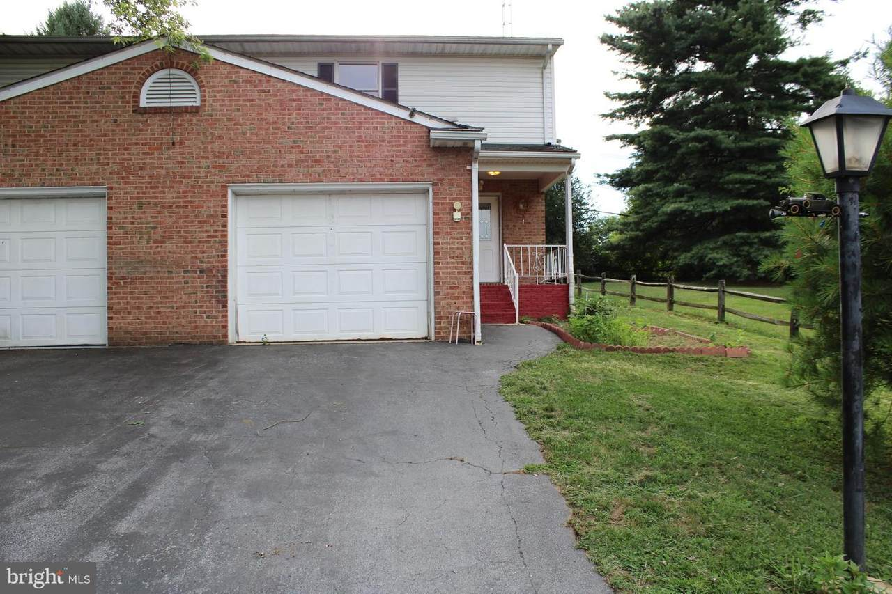 238 Colonial Drive - Photo 1