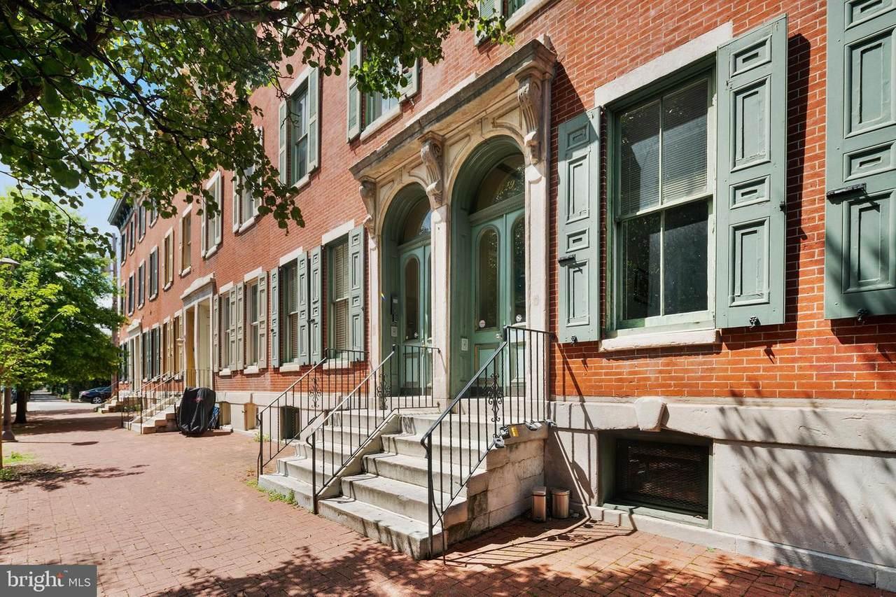 1729 Wallace Street - Photo 1