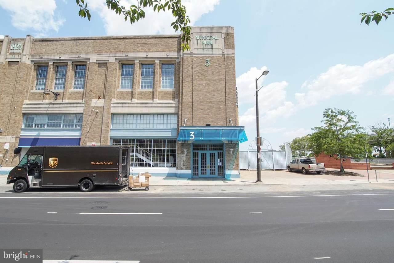 3 Columbus Boulevard - Photo 1