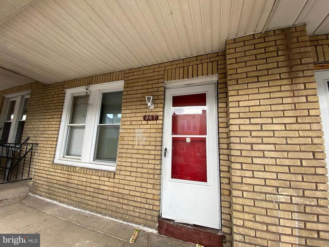 967 Carver Street - Photo 1