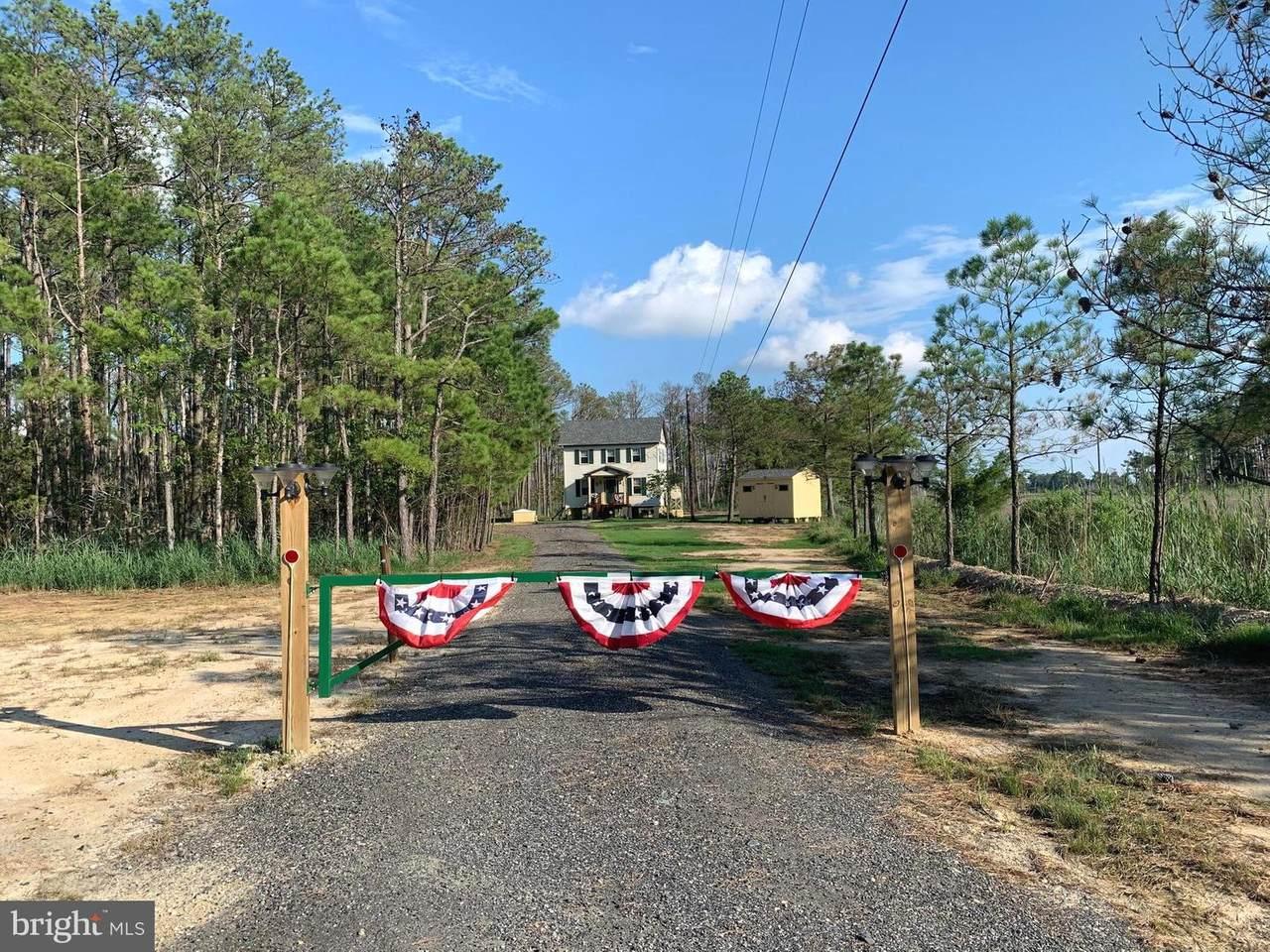 2907 Goose Creek Road - Photo 1