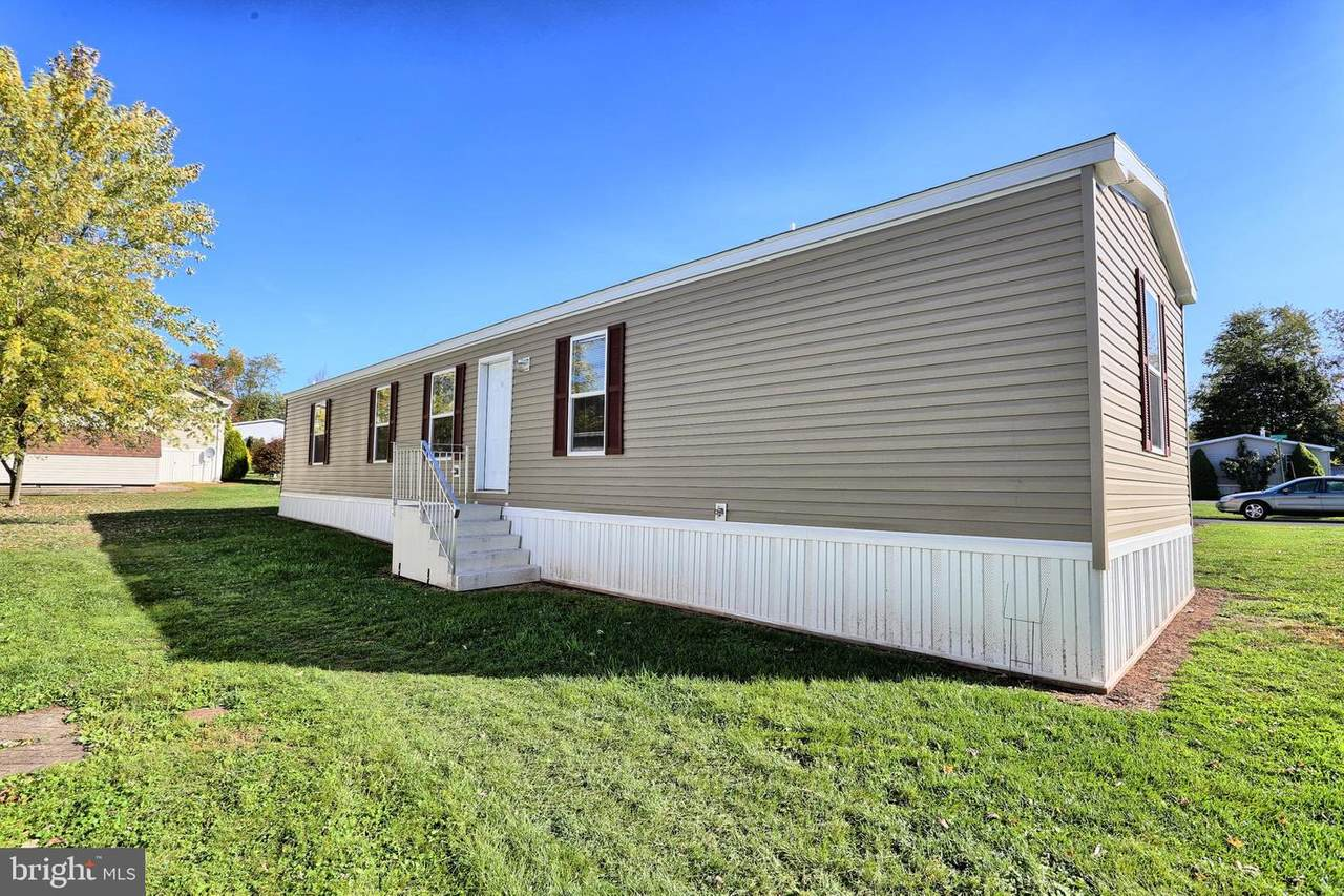 19 Siding Lane - Photo 1