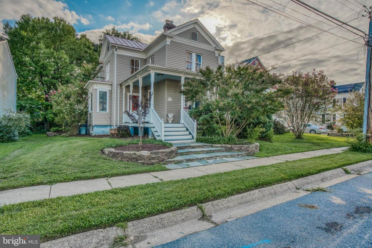 334 Compton Avenue - Photo 1