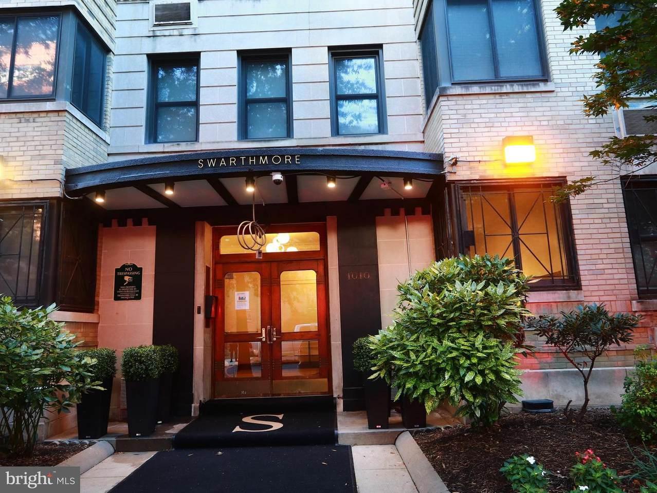 1010 25TH Street - Photo 1