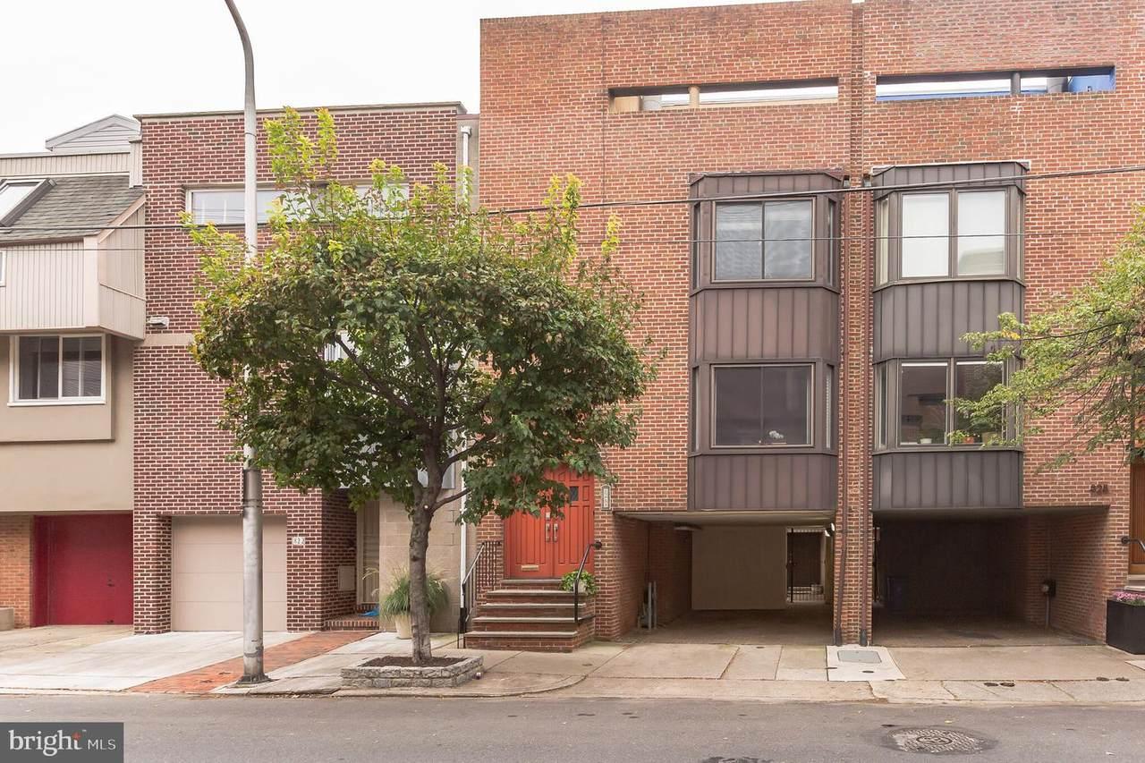 826 Lombard Street - Photo 1
