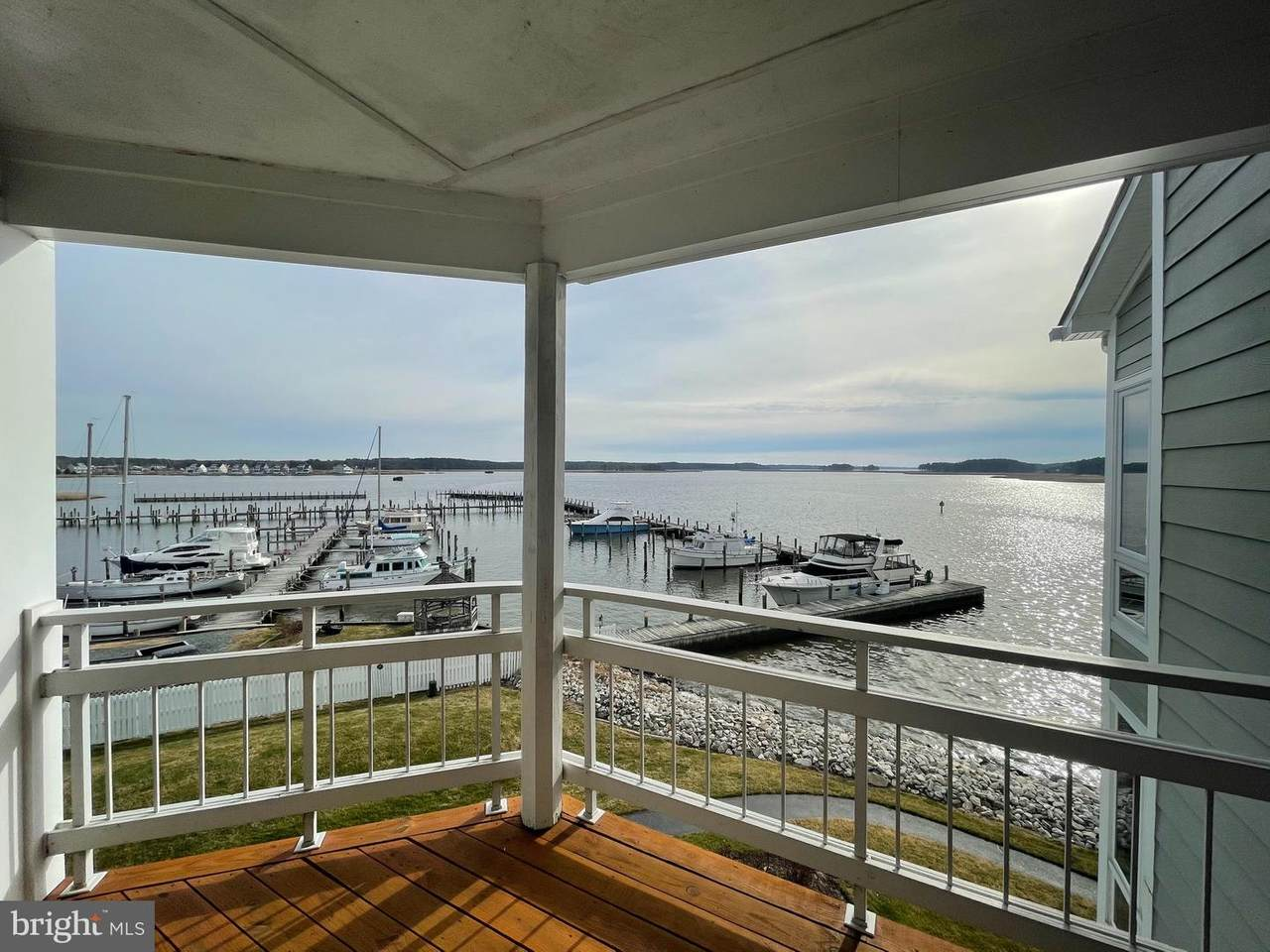 631 Oyster Cove Drive - Photo 1