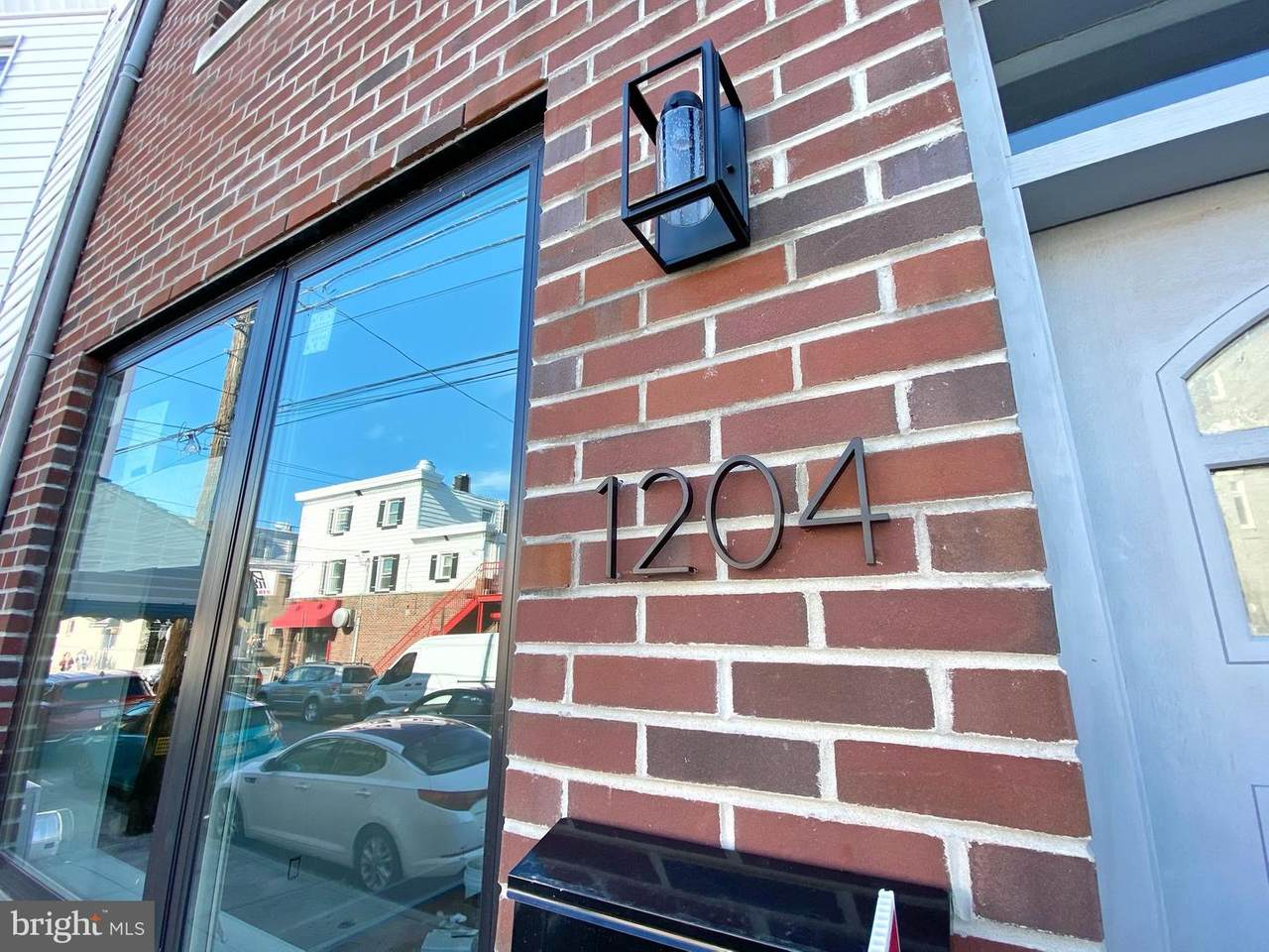 1204 Mifflin Street - Photo 1