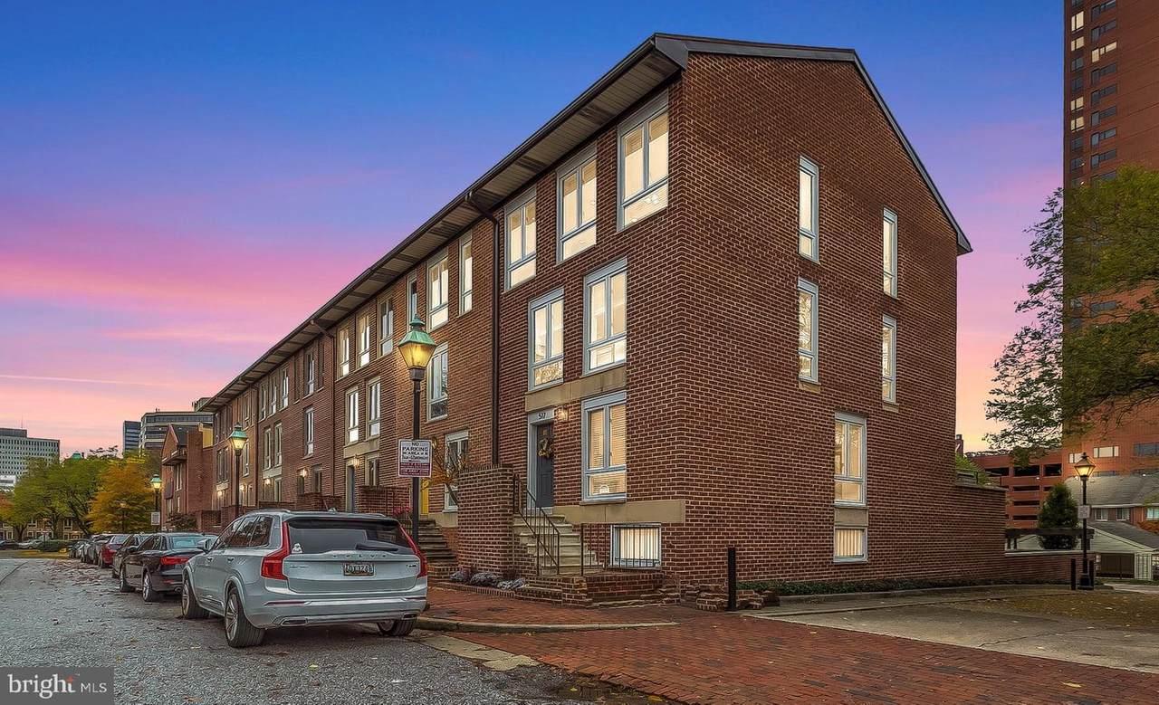 517 Hanover Street - Photo 1