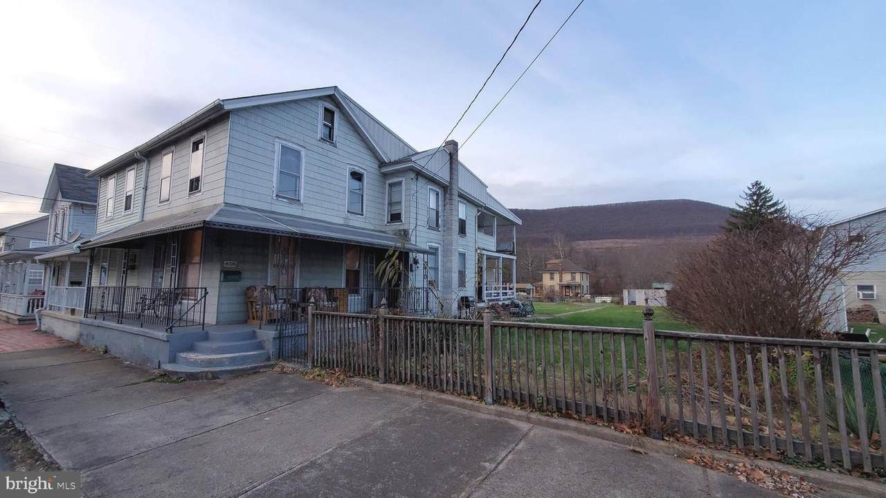 405 2ND Street - Photo 1