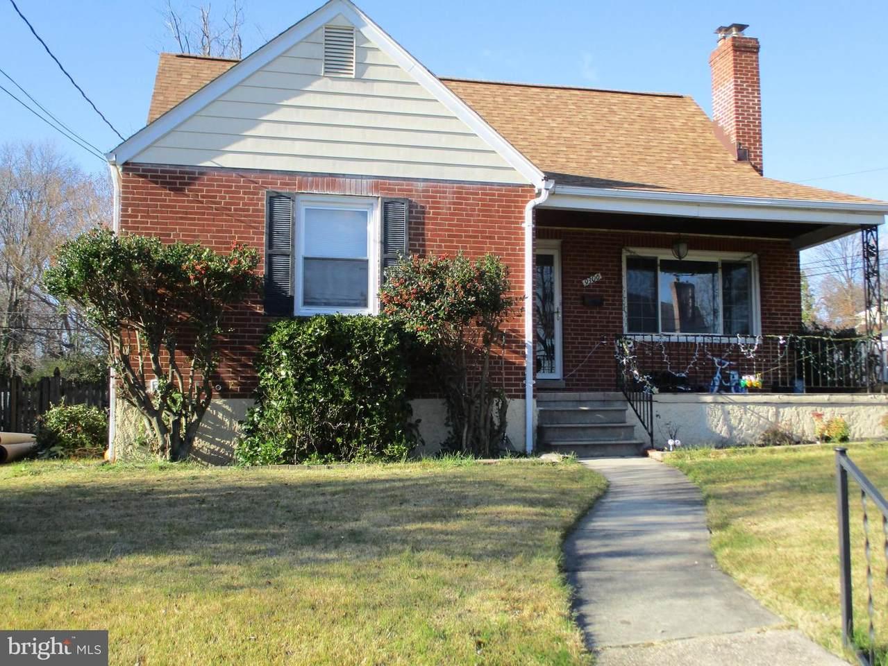 9306 Fullerdale Avenue - Photo 1