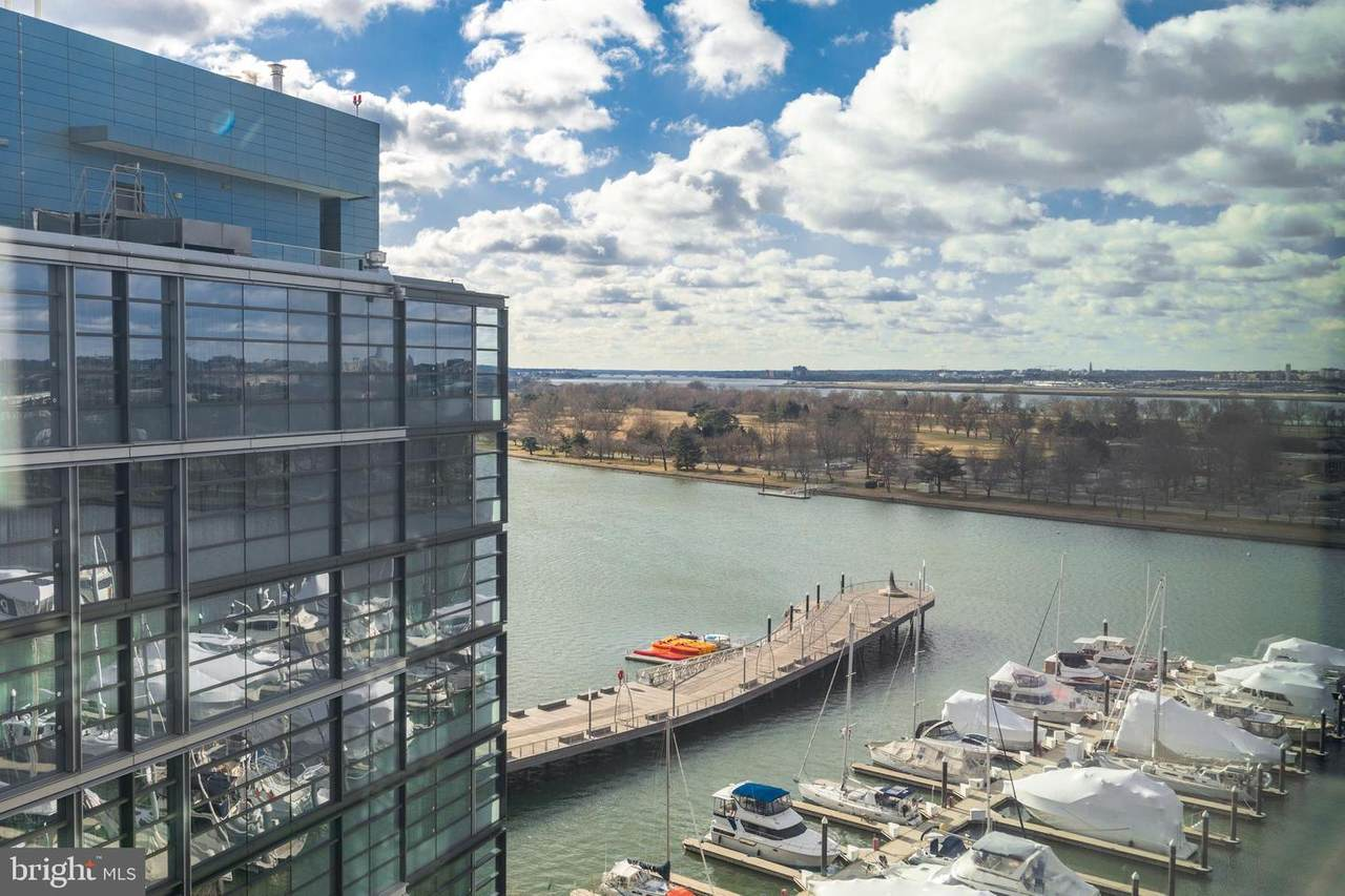 45 Sutton Square - Photo 1