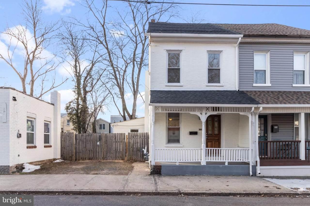 331 Evans Street - Photo 1