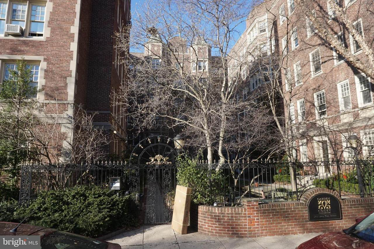 4621 Pine Street - Photo 1