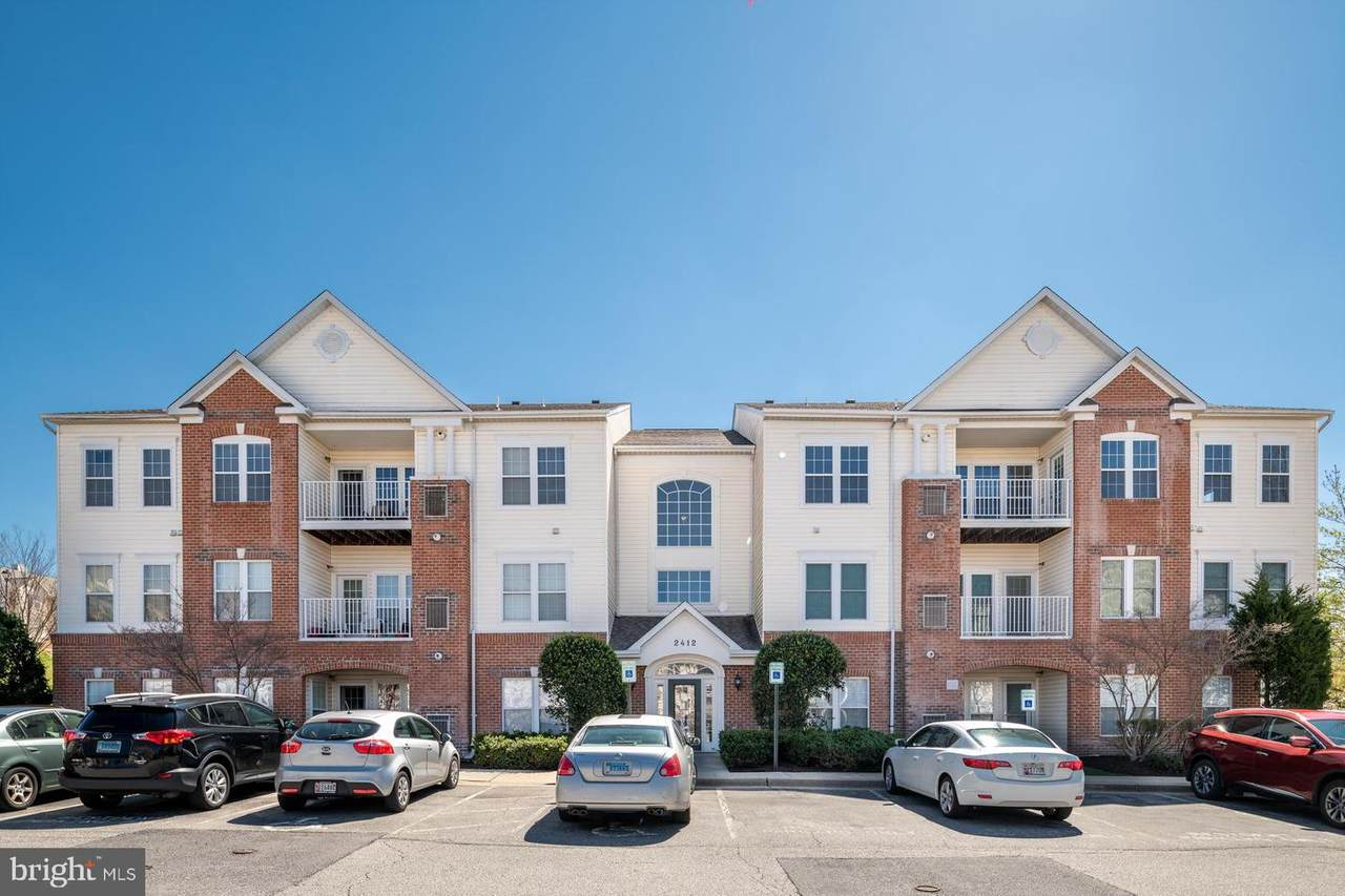2412 Chestnut Terrace Court - Photo 1