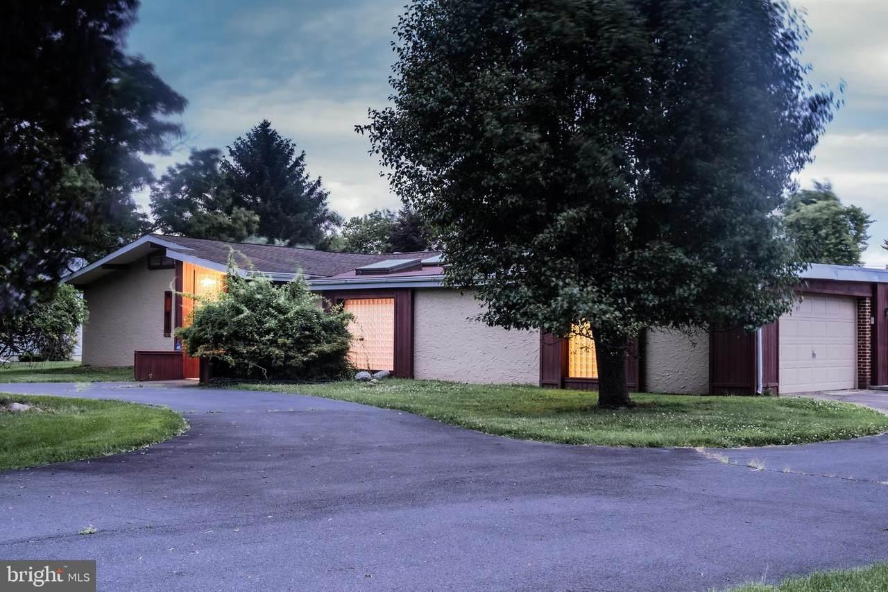 6 Whitewood Drive - Photo 1