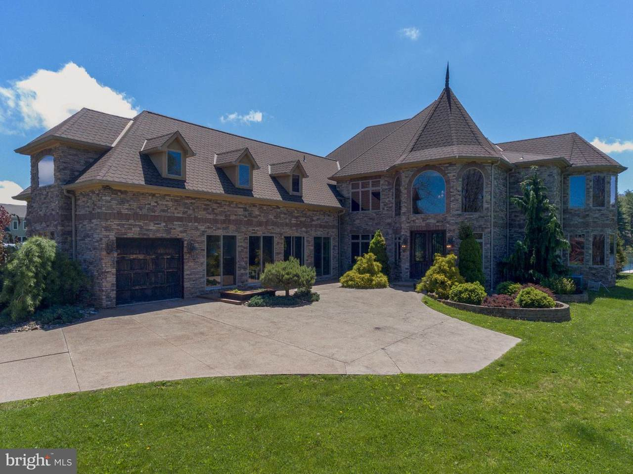 75 Lakefront Links Drive - Photo 1
