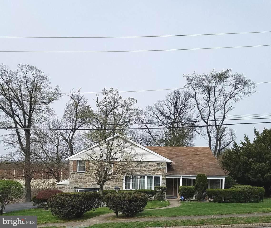 7701 Doe Lane - Photo 1