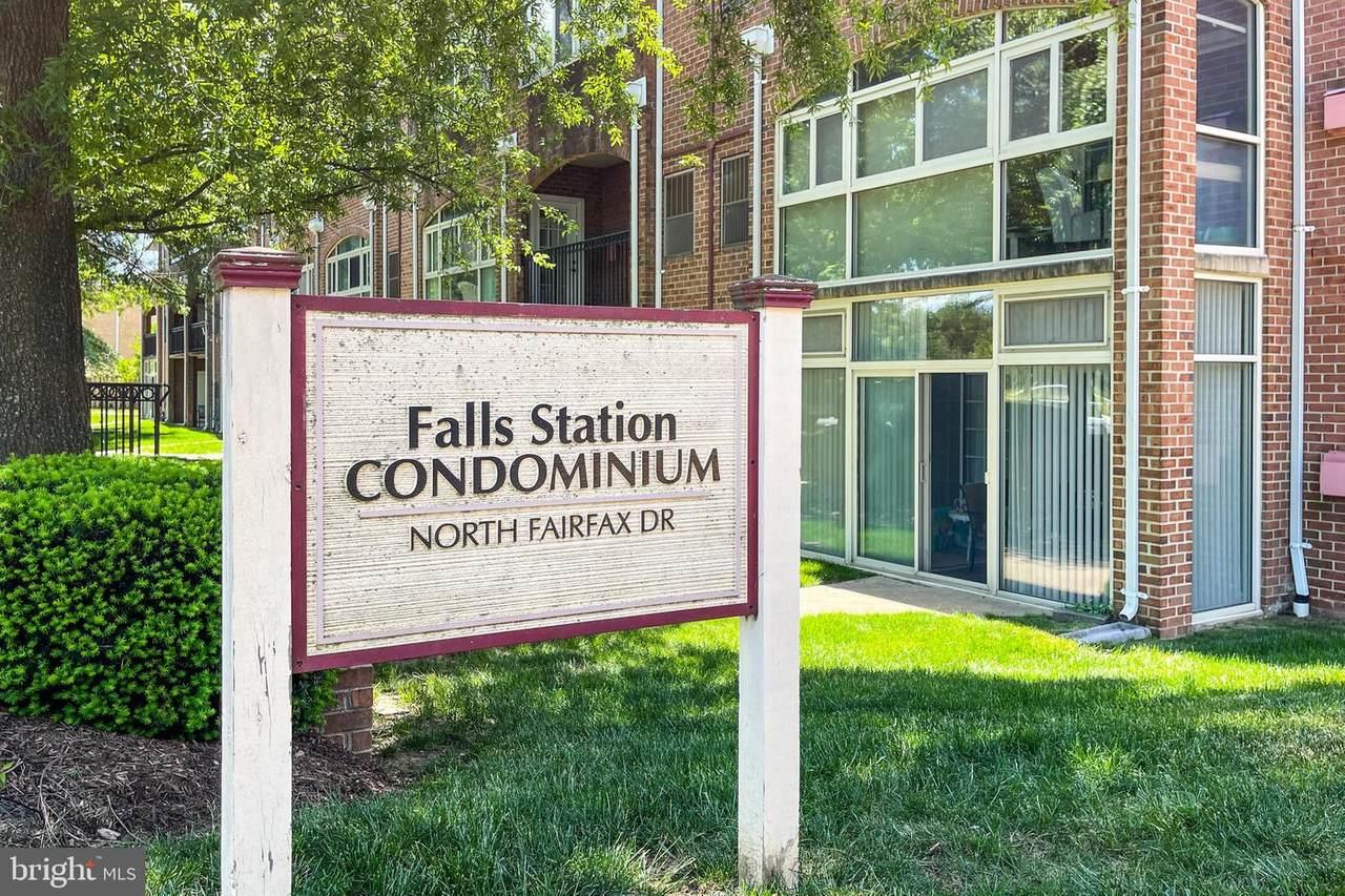 6916 Fairfax Drive - Photo 1