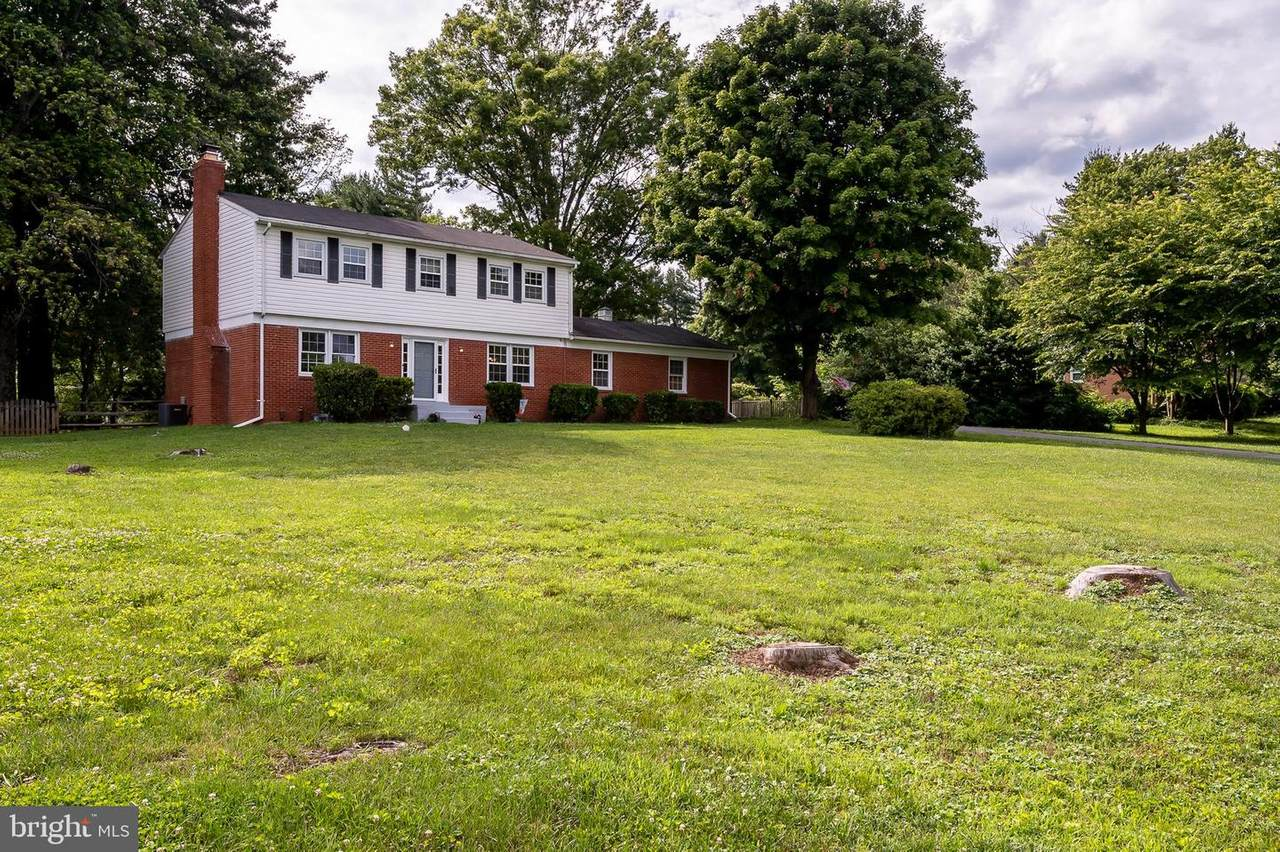 6718 Mink Hollow Road - Photo 1