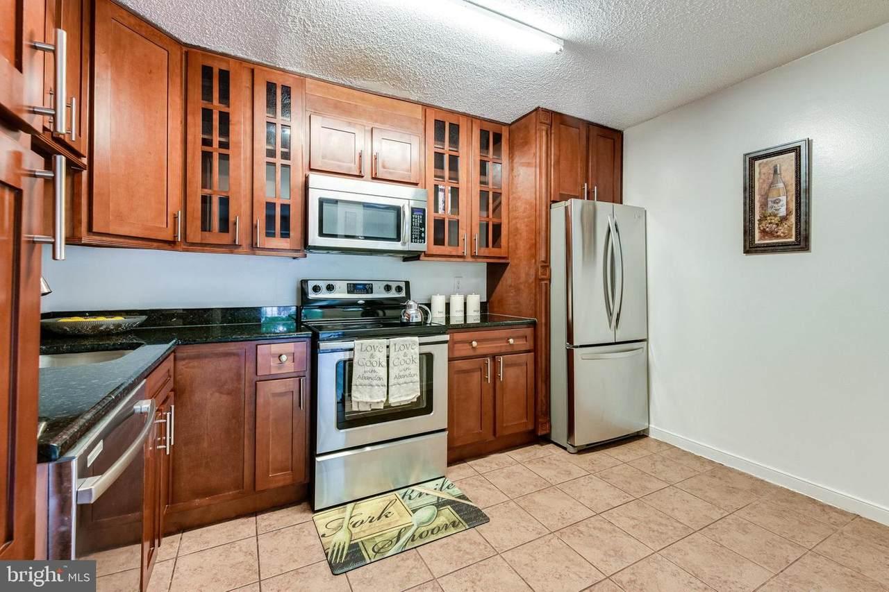 3805 Laramie Place - Photo 1