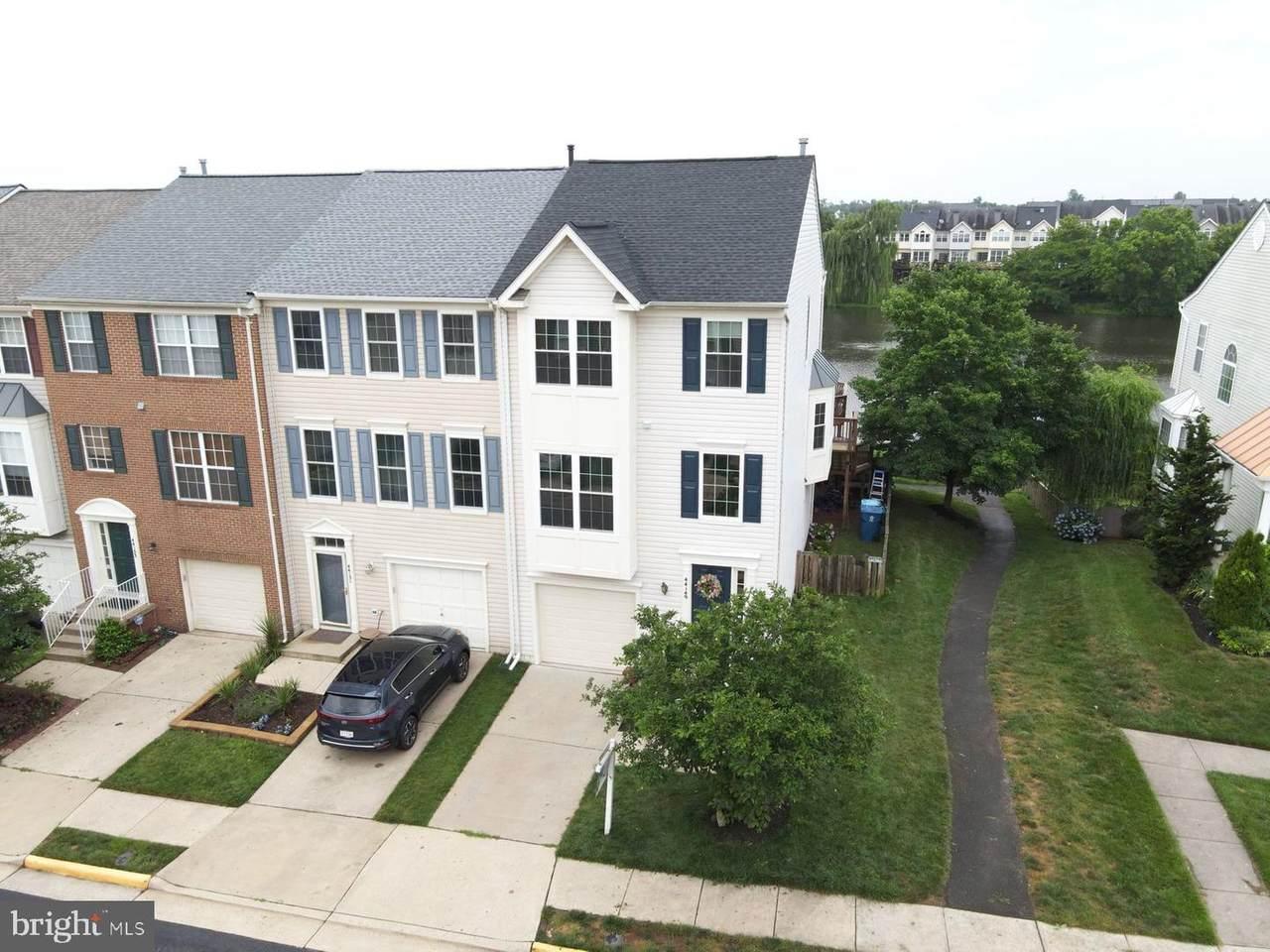 44149 Tippecanoe Terrace - Photo 1